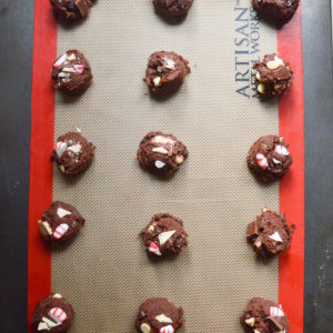 chocolate-peppermint-bark-cookies-8