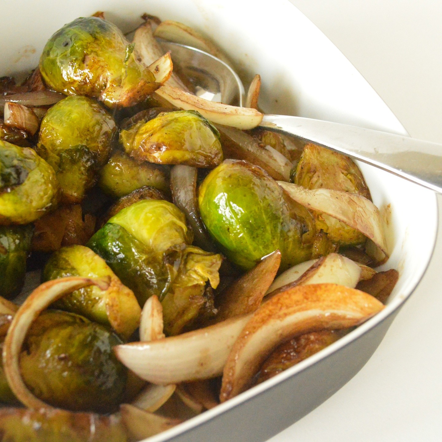 balsamic-glazed-brussels-sprouts