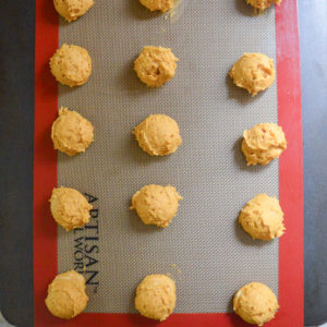 pumpkin-cookies-with-buttercream-frosting-8